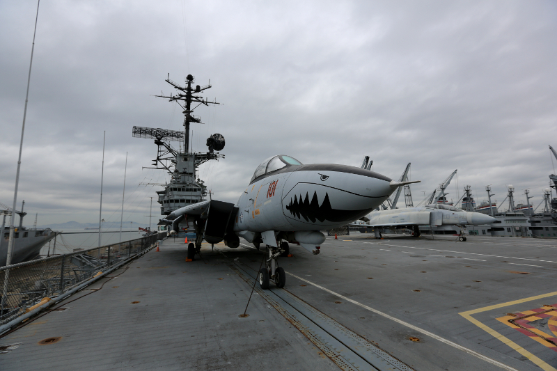 F 14A Tomcat USS Hornet 800x533 USS Hornet Aircraft Carrier Museum