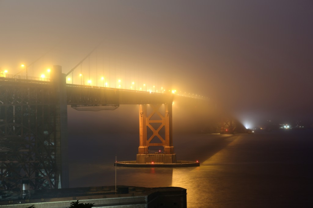 golden gate bridge fog 1024x682 Golden Gate Brug in de Mist